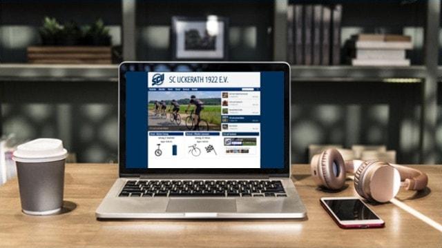 Laptop mit Radsport Website geöffnet